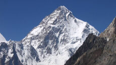 Polak zdobył K2