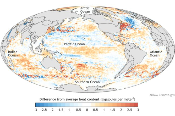 Odchylenie od średniej rocznej temperatury w 2015 roku (NOAA)